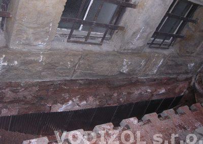 Svislé izolace z nerez plechu